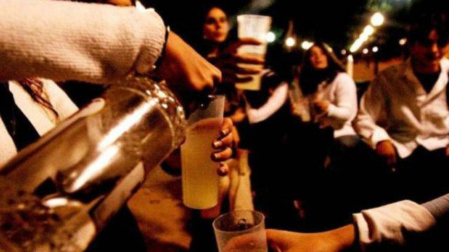 Bebidas en la movida