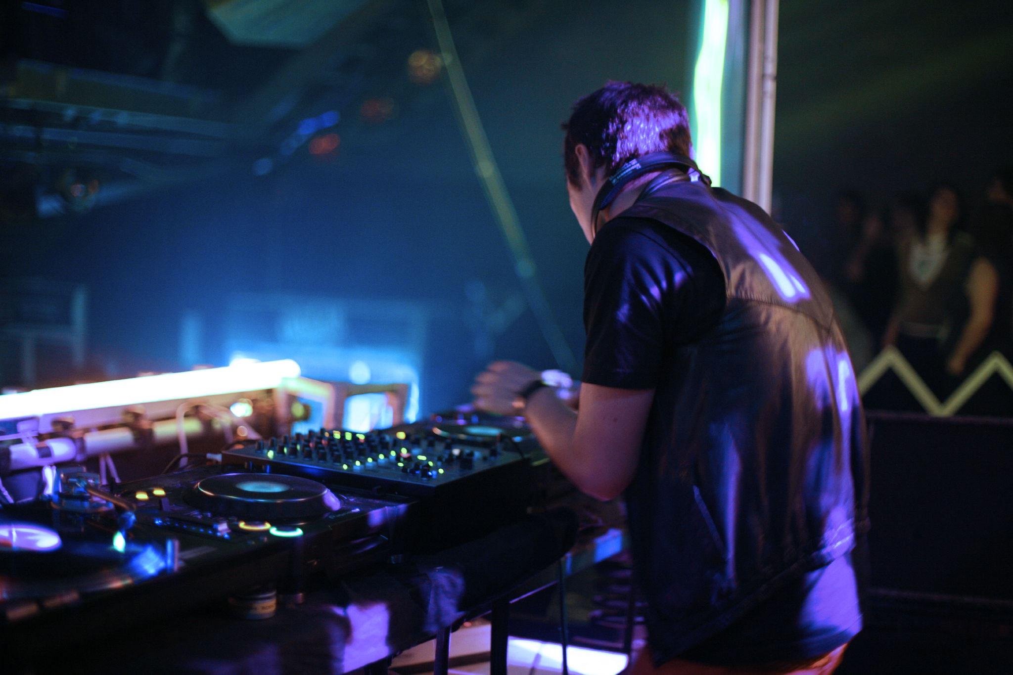 DJs- biografia