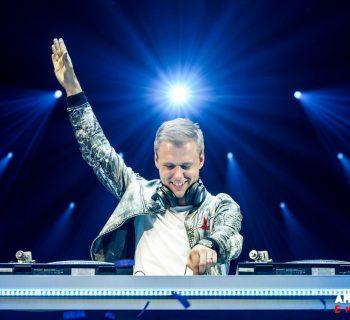 Vía Facebook Oficial Armin van Buuren