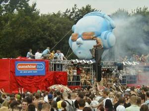 Love parade 2002 berlin